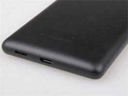 Pohled na Nokia Lumia 820