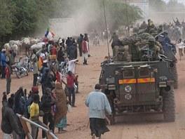 Francouzské jednotky zasahují v Mali.