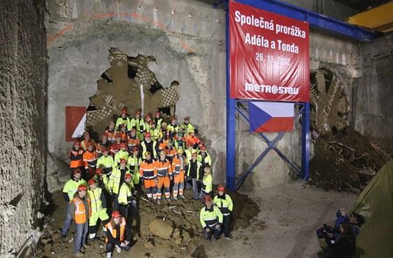 Dvojitá prorážka ve stanici Dejvická představovala velký důvod k oslavám.