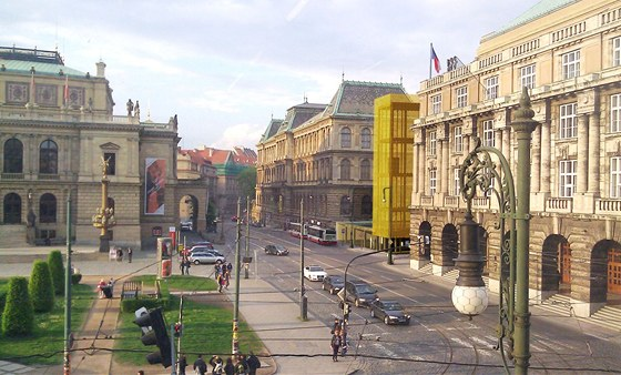 3. místo - návrh využívá potenciálu volné parcely vsousedství UP muzea, kterou
