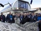 Rusk� prezident Vladimir Putin a ��m MOV Jacques Rogge si prohl�� model