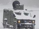 Silná sněhová bouře komplikuje na severovýchodě USA dopravu.