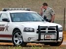 Policisté obklíčili dům Jimmyho Lee Dykese v Dale County.