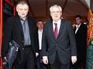 Nově zvolený prezident Miloš Zeman začal úřadovat ve své kanceláři nedaleko od