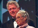 Rosa Parksová s Bilem Clintonem (14. září 1996)