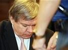 Lékař Jaroslav Barták u Městského soudu v Praze, který by měl dnes v kauze
