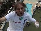 Padesátiletý Francouz Alain Robert zdolává symbol komunistické Kuby - 126 metrů