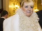 Péřové boa jako hlavní módní doplněk zvolila Monika Ferby z butiku Obsession.