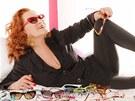 Simona Stašová si nejvíc užívala pózování s věcmi, které má ráda.