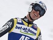 POVEDENÝ VÍKEND. Jan Matura se v obou závodech v letech na lyžích v Harrachově