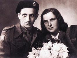 Na podzim roku 1945 si Jakub vzal konečně svojí milou, Marušku, která na něj