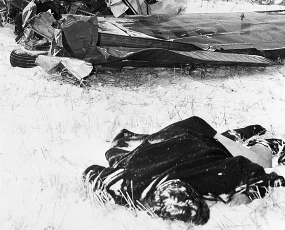 Hudební dráha i  život Buddyho Hollyho ukončilo letecké neštěstí 3. února 1959