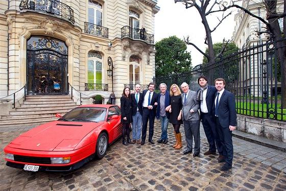 Ferrari Testa Rossa původně patřilo Alainu Delonovi, jeho nový majitel ho