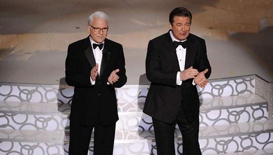 Steve Martin a Alec Baldwin na 82. udílení filmových Oscarů (2010)