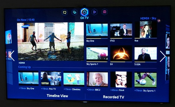 Základní obrazovka On TV. Ve velkém okně je právě sledovaný kanál, okolo jsou