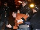 Policie p�i protestech zadr�ela jednoho demonstranta.
