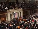 Barack Obama přednáší před plným Kapitolem zprávu o stavu unie (12. února 2013)