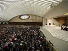 Papež Benedikt XVI. promlouvá k věřícím během každotýdenní audience ve Vatikánu