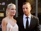 Oscar Pistorius a Reeva Steenkampová na společenské akci v Johannesburgu (4....