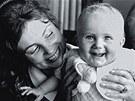 Malá Ester Janečková a její matka Marie Rút Křížková