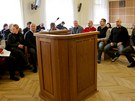 Soud se 17 lidmi, kter� ob�aloba vin� z organizace 14 neonacistick�ch koncert�