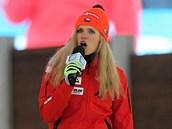 Gabriela Soukalová zpívá po skončení biatlonového mistrovství světa v Novém...