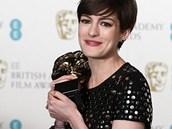 Herečka Anne Hathawayová s cenou BAFTA za vedlejší roli ve filmu Bídníci