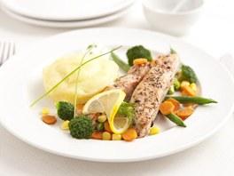 Losos na grilované zelenině s bramborovou kaší