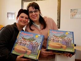 Michaela i Marie dostaly Babovn�k, dort p�ipraven� k filmu Babov�esky.
