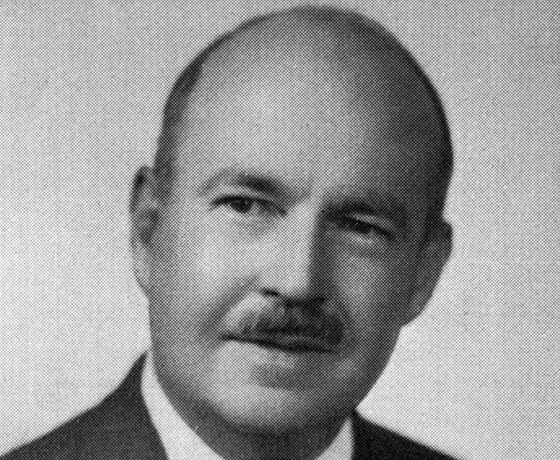 Talcott Parsons (13. prosince 1902 � 8. kv�tna 1979), americk� sociolog, �eln�