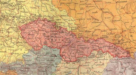 �zem� �eskoslovenska a jeho soused� zachycen� na p�vodn� map� z doby p�ed rokem 1938.