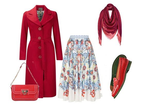 Sukně, Temperley London, prodává Obsession; červený kabát, Fever London, prodává zoot.cz; kabelka na řetízku, Salvatore Ferragamo; šála s monogramem, Louis Vuitton; kožené mokasíny, Tod's