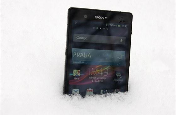 Sony Xperia Z ve sněhu