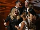 Oscar 2013 - Adele a Paul Epworth s cenami za píseň Skyfall, předávali Richard...