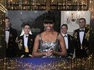 Oscar 2013 - Michelle Obamová vyhlašuje film roku