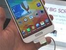 Detail displeje nového LG Optimus G Pro