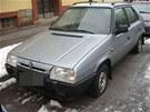V Žamberku někdo propíchal desítky pneumatik.