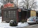 Vyšetřovatelé ve čtvrtek dopoledne zkoumali, jak mohlo k požáru prodejny