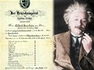 Albert Einstein navzdory tomu, co se povídá, v matematice i fyzice exceloval.