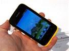 Huawei Ascend Y210 je novým základem modelové �ady. P�iná�í veselé barvy a...