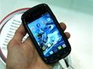 Kyocera Torque - odolný smartphone bez sluchátka