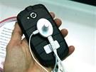 Kyocera Torque - odoln� smartphone bez sluch�tka