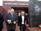 Gérard Depardieu navštívil muzeum Achmada Kadyrova (Groznyj, 24. února 2013).