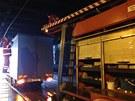 vyproštování kamionu z podjezdu ve Švehlově ulici