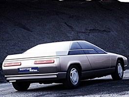 Bertone přivezl do Ženevy v roce 1983 hranatou studii Alfy Romeo s názvem