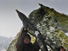 V p��pad� pot�eby budou �e�t� instrukto�i afgh�nsk�m voj�k�m zaji��ovat