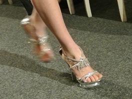 Boty na přehlídce The Best of Valentino nemají se slavným módním domem nic