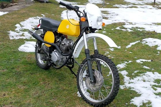 Jawa 125 Trail