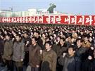 Podporu komunistickému režimu demonstrovaly v Pchjongjangu desetitisíce