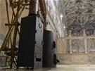 Kamínka v Sixtinské kapli, ve kterých budou kardinálové pálit své hlasovací...